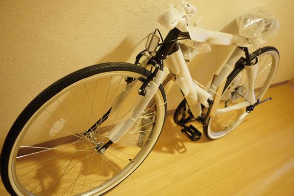 クロスバイク 自転車 GRAPHIS GR-001|開封するとこんなんです